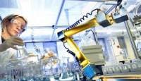 Laboratuvar Ortamında Robotiğin Faydaları