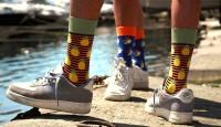 Desenli Çorap Kombinleri Nasıl Yapılır?